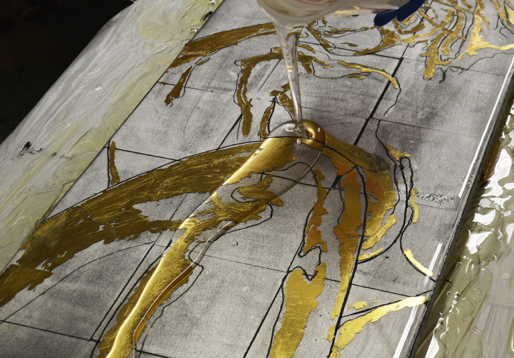 gold_silver_nude_resin_s